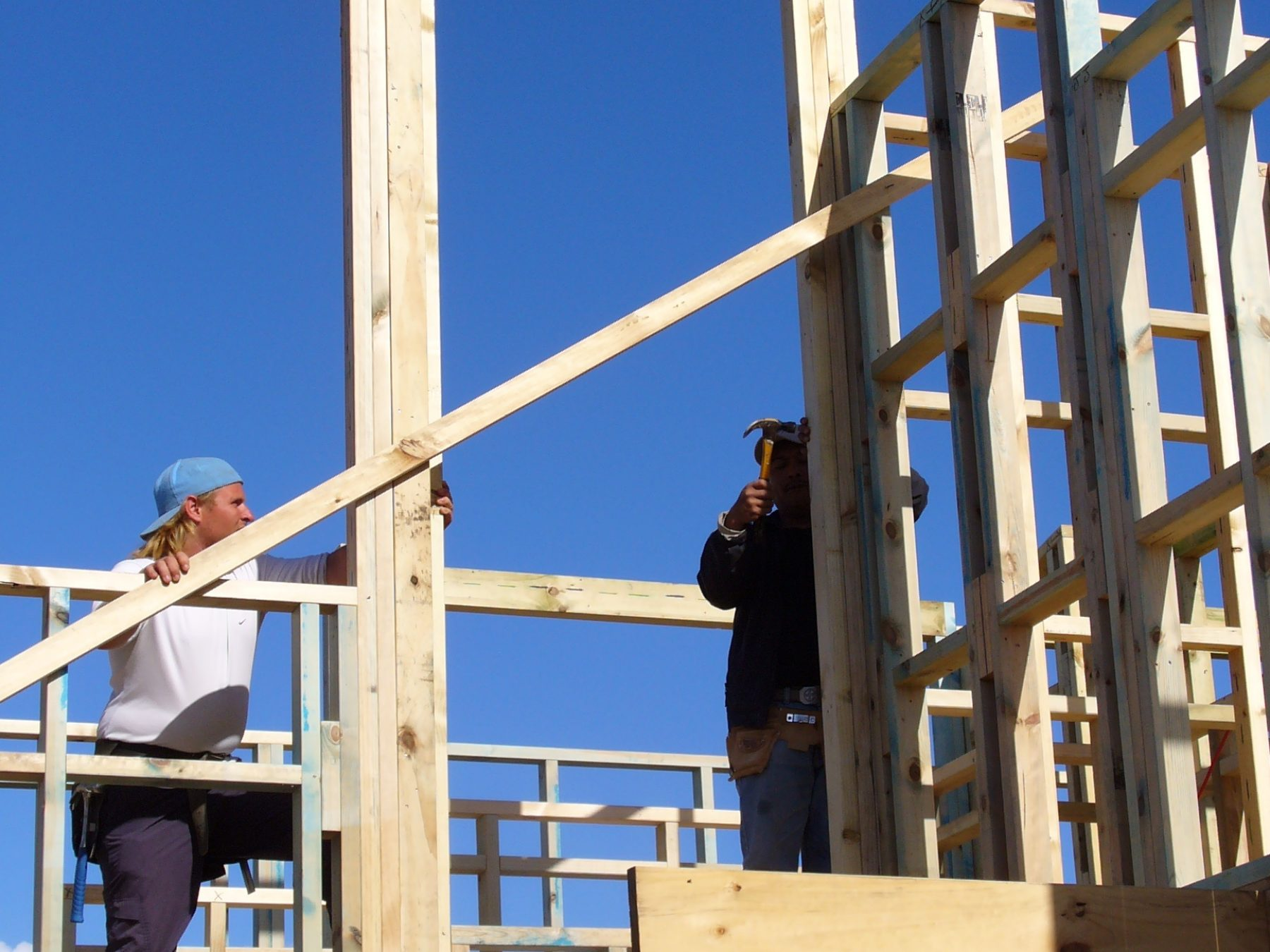 Shortage building materials and tradies